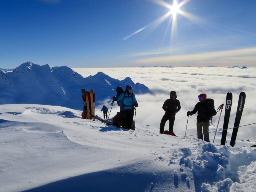 South Illusion Peak, Snowfall Lodge